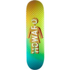girl-skateboard-howard-future-8-25-picnic-skateshop-alicante